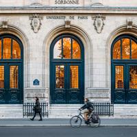 2020年6月15日からパリでカフェやレストランが全面再開 フランスの今後の経済活動について