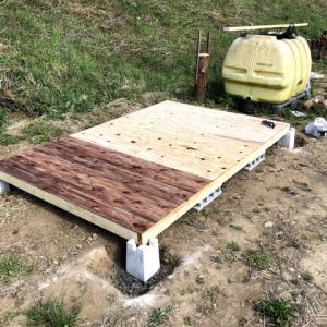 DIY 小屋  プラットホーム(床貼り)