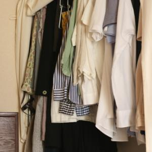 衣類のお片づけ ~収納編:掛ける収納は右肩上がり⤴︎~