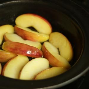 島るり子さんの焼きリンゴ