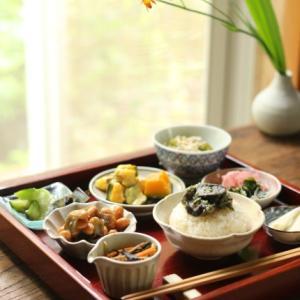 一生続くごはん作り 〜つくり置き de 小皿を並べたお昼ごはん♪〜