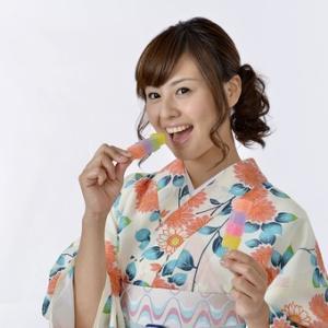 【7月・文月】季節を代表するお花(茶花)を飾ることで、目でも楽しめます!