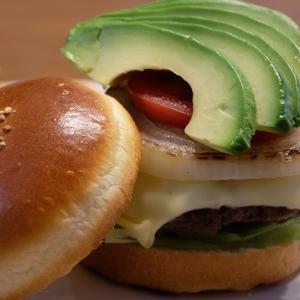 手作りハンバーガーランチ。