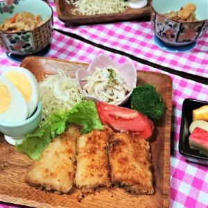 【おうちごはん】北海道だけ?【ホッケのフライde夕食】。と、アメトピと…