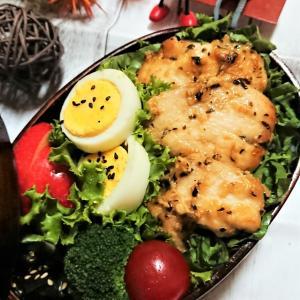 【息子弁当】連休明け1発目!は、やはり肉!【鶏むねのガーリックオイマヨバジルソテー弁当】