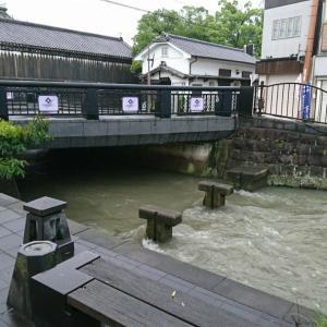 21@08月13日 穏やかな柳川の外堀が 川と化した!