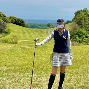 ゴルフウェア着こなし術、ニットベストを選ぶ3か条