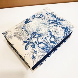 カルチャーの生徒さんの作品紹介☆ブック型の箱