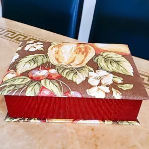生徒さんの作品紹介☆秋をイメージした『ブック型BOX』とソープカービング