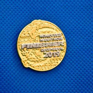 """ホノルルマラソン2019""""フィニッシャーピンバッチ"""" 限定販売中!"""