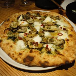 珍しい、石窯で焼かれた和ピザが楽しめるお店 covo (コーヴォ)都島
