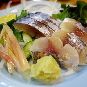 楽しい小料理屋さんで焼酎の前割りときずし。 まっちゃん 京橋