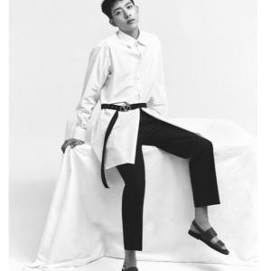 CNBLUEイ・ジョンシン、シックでクールな魅力アピール…視線を奪うビジュアル