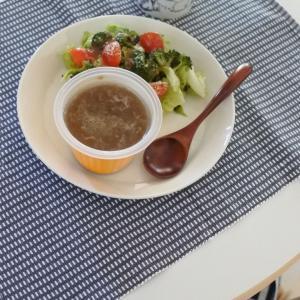野菜をもっと!食べるスープと、予約殺到の美味しい生食パン。