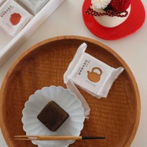【PR】敬老の日ギフトに!プリザーブドフラワーと美味しい菓子。