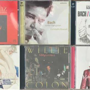 新築内覧会の会場に、好きな音楽CDを持って行ってます!