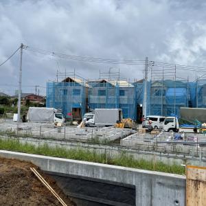 一戸建て建売住宅 15棟現場は残り8棟です。