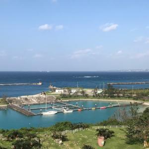 伊江村営フェリー「いえしま」乗船記・伊江島散策