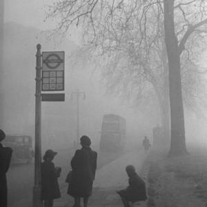薬の歴史4:1952年:ロンドン 黄色い霧で1万2千人が死亡