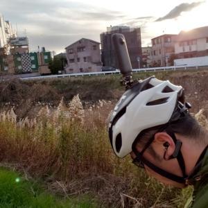 insta360 ONE Xを頭につけてサイクリング