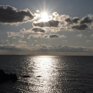 今日の夕日  越前海岸より