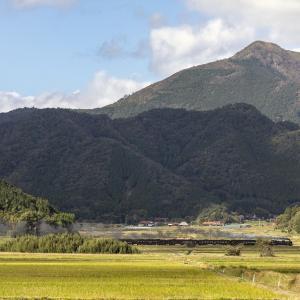 雄大な十種ヶ峰(山口線)