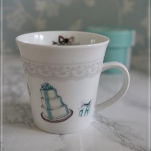 【生徒さま作品紹介】娘さんへのプレゼント。イニシャル入りの素敵なマグカップ