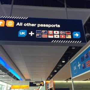 ヒュースロー空港からバスを使ってロンドンへ