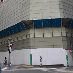 街角経済 59 イケブクロ・ロクマルビル(旧JTB池袋ビル)その2 --建て替え工事が進んでますね。こうやって街がリニューアルしていきますね。