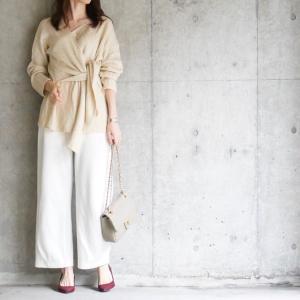 【UNIQLO】驚異的な脚長力のパンツで女性らしいホワイトコーデ
