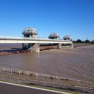 台風19号後の多摩川へ