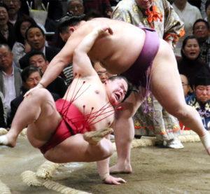 朝乃山の相撲内容を採点する2