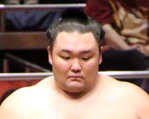 朝乃山の相撲内容を採点する1