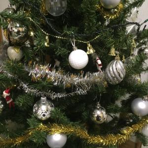 クリスマスツリーで気分アップ