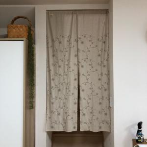 【ハンドメイド 】続!プケッティの生地で、2wey階段仕切りカーテン!