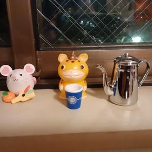 ブースカ、コーヒーを飲む!?