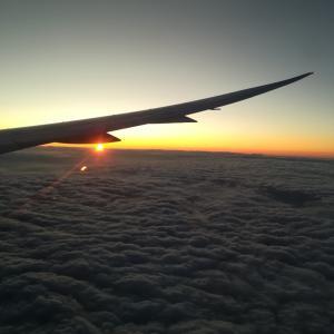 寝坊して、飛行機に乗り遅れた朝・・・