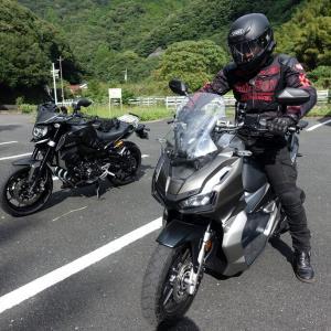 ADV150 とMT09