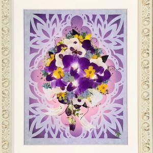 押し花作品 「切り絵とコラボの作品」