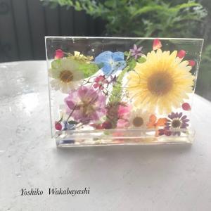 お花雑貨販売開始とフラワーレジンクチュール大阪に先生誕生