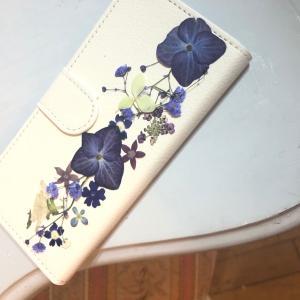 柏駅西ハウジングギャラリー 押し花スマホカバーワークショップのお花準備中!!