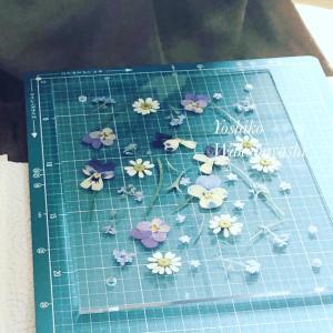 押し花レッスンお花の舞う、美しいクリアフレーム