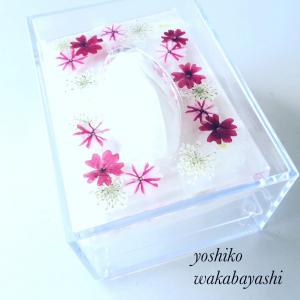 【動画レッスン】押し花とレジンでデコするティッシュボックス皆様の作品