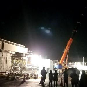 歩道橋設置工事の様子です
