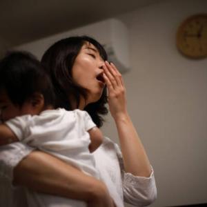 早く寝ない子供にイライラする原因