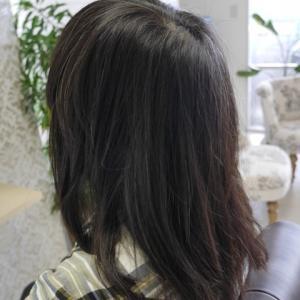 50代のお客様です!この位の年代になって来ると今までと違う髪の悩みが出て来ますね。