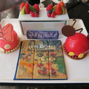 自分でミッキーとミニーを完成させる「ファン・デコ・デザート」体験レポ in ハイピリオン・ラウンジ