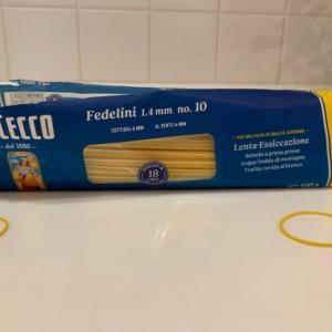スパゲッティーの袋の切り方