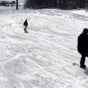 スキー旅行へ出かけた友人