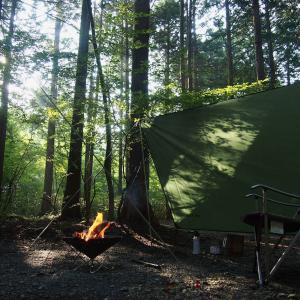 キャンプ用リラックスチェアをリモートワーク風に改造